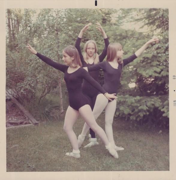 Dance_1099.jpg