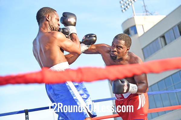 Bout 4 Demetrius Banks, Red trunks, Detroit, MI -vs- Keith Jackson, Blue trunks, Springfield, MO, Cruiserweight