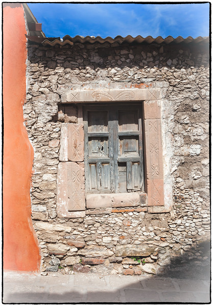 Spirit Windows, Pozos