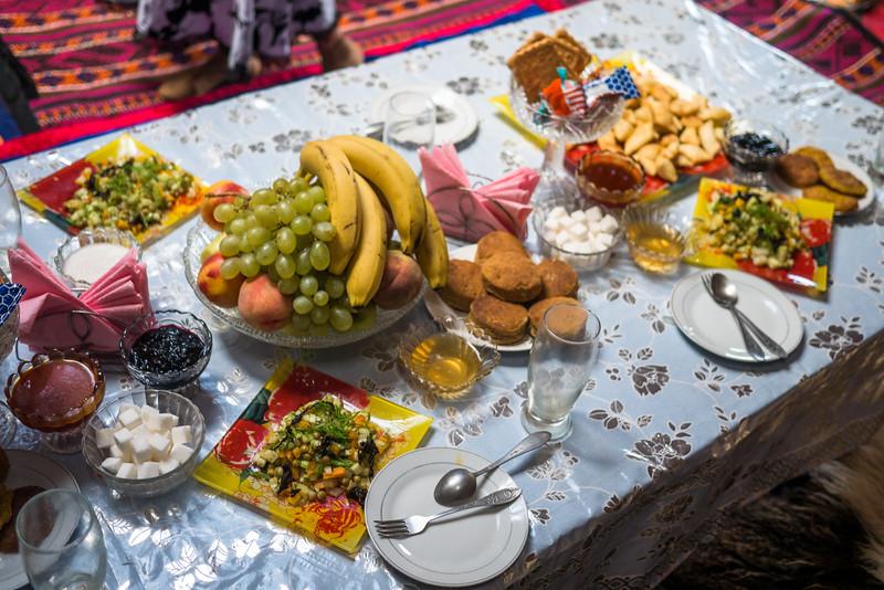 A Kyrgyz feast (vegetarian-style)