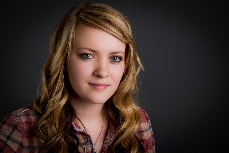 Brylee - Senior picture- ldsphotographer-24.jpg