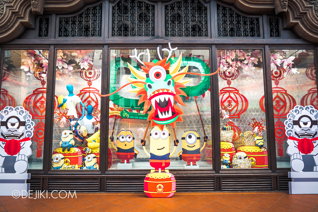 Universal Studios Singapore Park Update February 2018 Chinese New Year - Universal Store Display Minion New Year