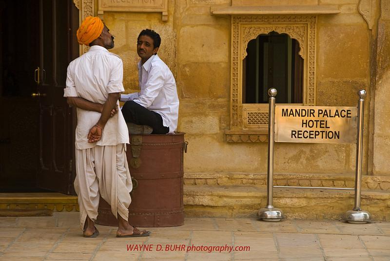 INDIA2010-0208A-104A.jpg