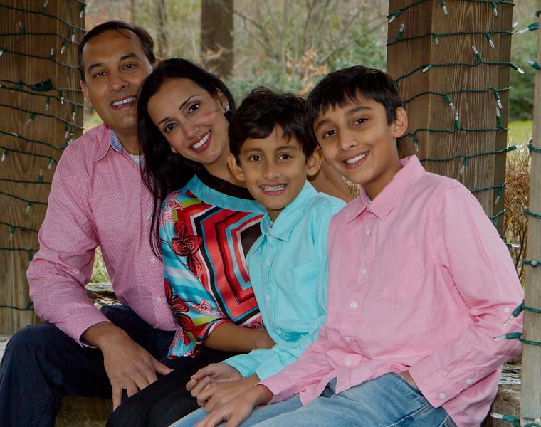 2016 12 Pabla Family Photo Session (18).JPG