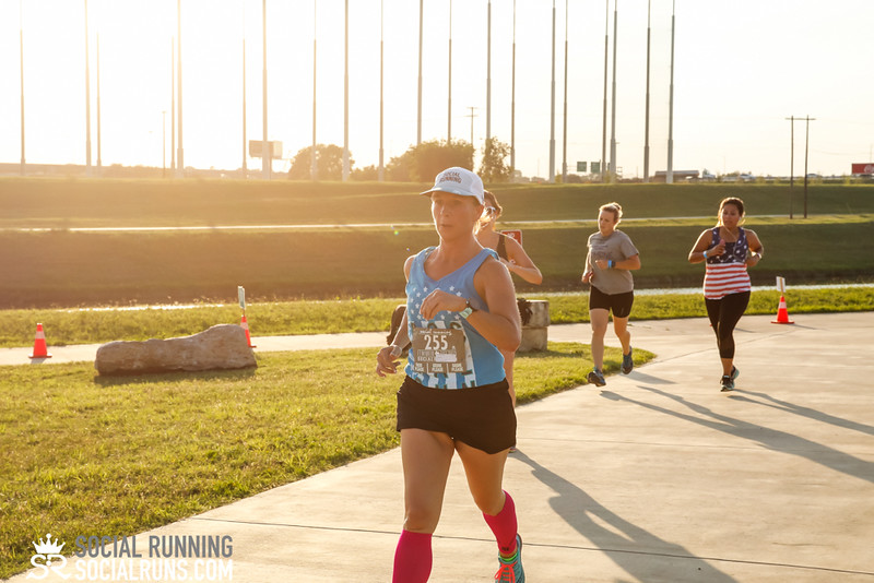 National Run Day 5k-Social Running-2360.jpg