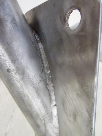 2011.05.30 Dockwise damage and repair