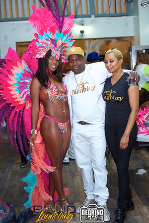 DINGOLAY Mas BAND LAUNCH
