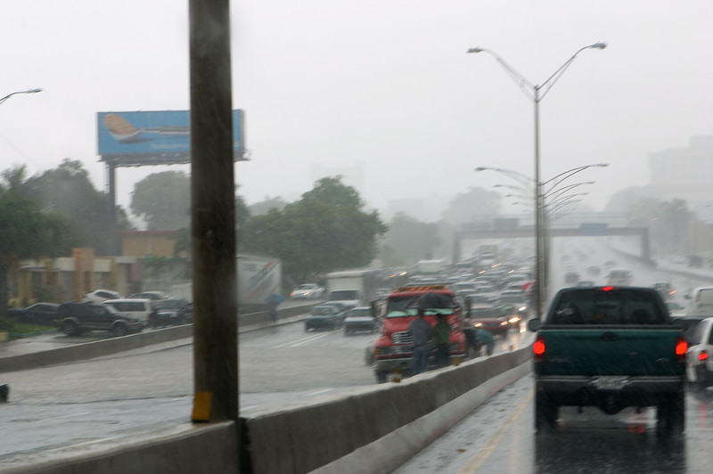 On the way home, another rain-related incident. Puerto Rican roads are so terribly designed. The slightest rain makes them impassable.