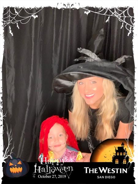 Westin_Halloween_Party_2019_photo_8.jpeg