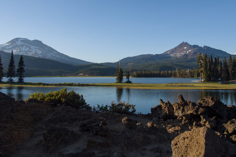 Spark LAke, South Sister, and Broken Top