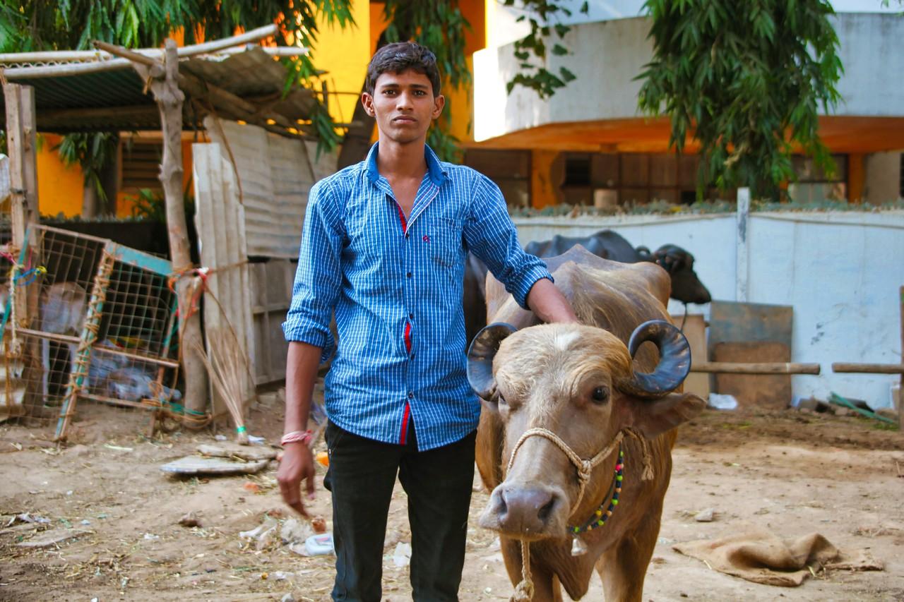Ahmedabad India squatter boys