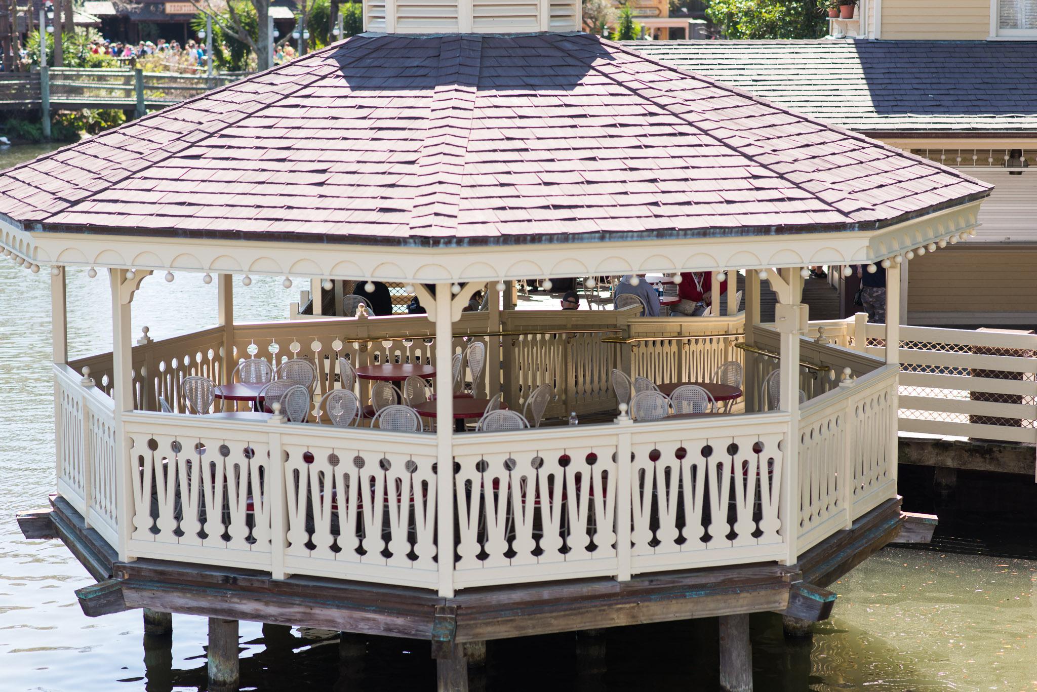 Aunt Polly's Seating - Walt Disney World Magic Kingdom