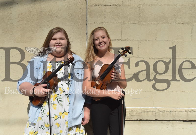 21362 Twp butler Violin players went on a european tour to play in a orchestra