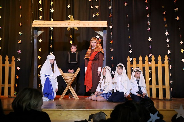 Lower School Lessons & Carols