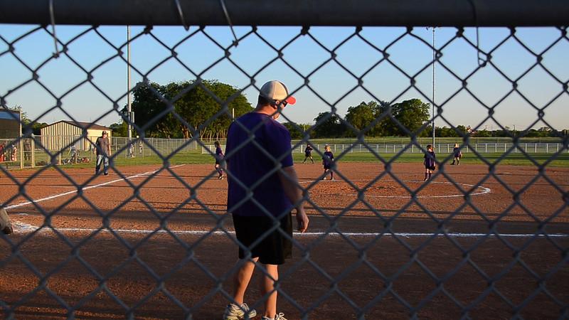 Mallory pitching.MOV