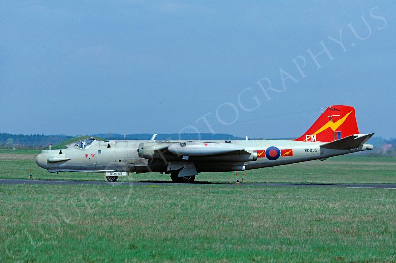 English Electric Canberra 00011 English Electric Canberra British RAF WD955 by Wieland Stolze.JPG