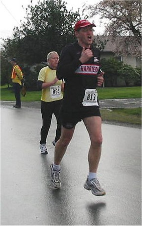 2003 Bazan Bay 5K - Terry Turcotte always has this expression in his race photos