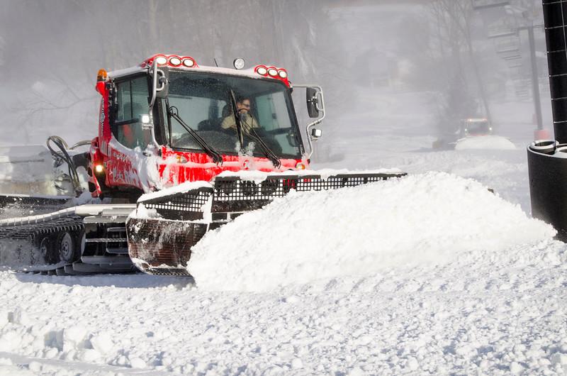 Snowmaking-n-SnowCats_Snow-Trails-170.jpg