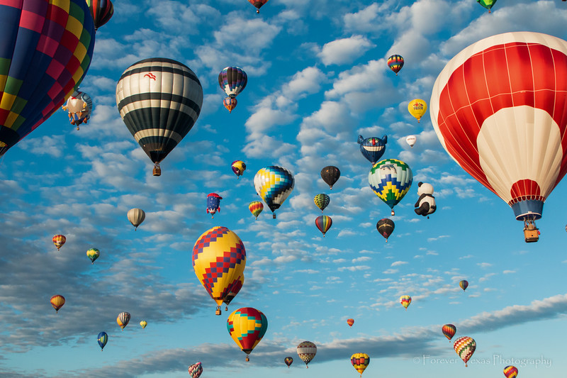Hot Air Balloons:  Come with me to touch the sky
