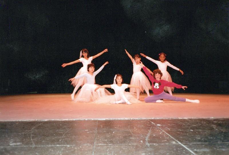Dance_0334_a.jpg