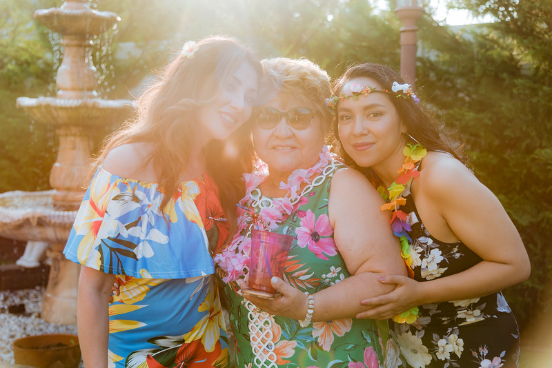 Aloha Birthday Party Cesar LumoBox-60.jpg
