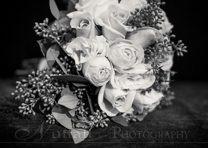Lester Wedding 098bw.jpg