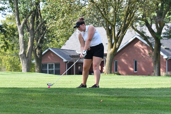 Girls Golf @ Beatrice Dual
