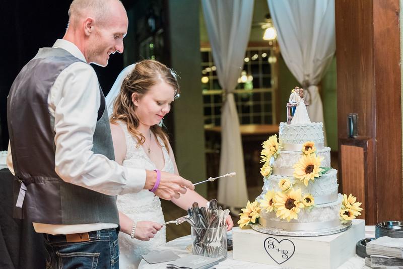 ELP0224 Sarah & Jesse Groveland wedding 3610.jpg