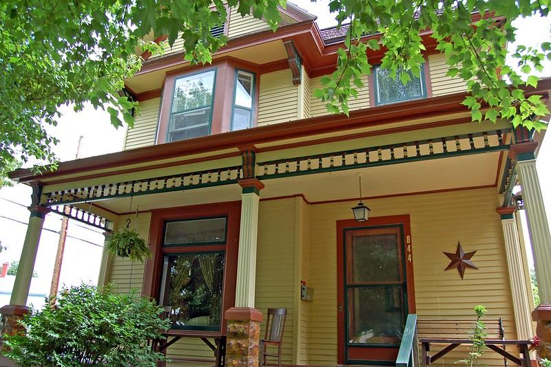 Charles E. Richards House, 844 Cedar Bough Place