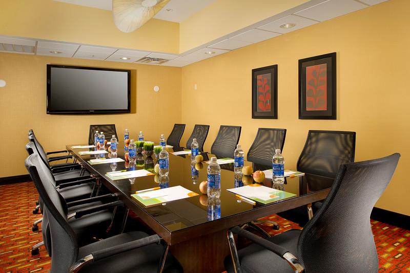 5-Boardroom-CY Amarillo.jpg