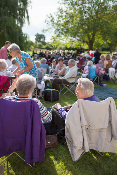Audience at the Tina May concert in Grafham in July_7623708768_o.jpg