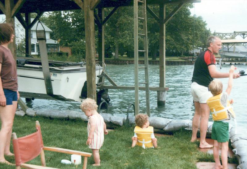 1984 Elaine, John, AJ Ken and Max.jpeg