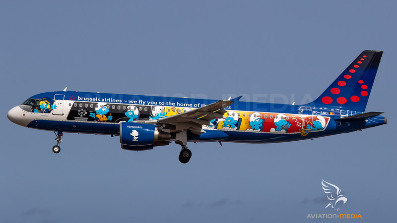 Brussels Airlines_A320_OO-SND_The Smurfs cs left side_ACE_20180714_Approach_Sun_MG_2926_AM.jpg