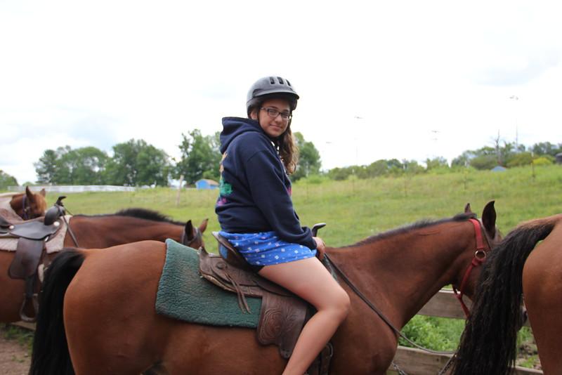 kars4kids_thezone_camp_girlsDivsion_activities_HorseBackRiding (19).JPG