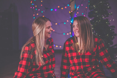 courtney and haley  |  xmas card 2017