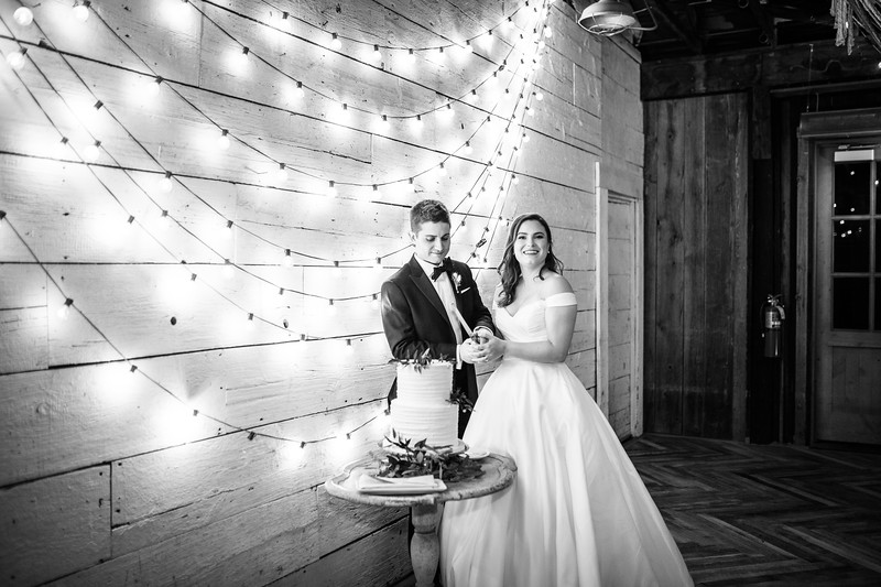 Victoria and Nate-699.jpg