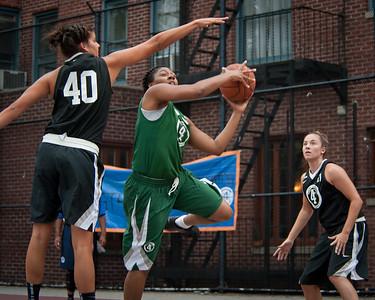 24 - Dreamteam (Green) 60 v Westchester (Black) 49