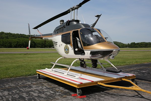 "Knox County Sheriffs Office 1972 Bell OH-58A ""Jet Ranger"", Knoxville,"