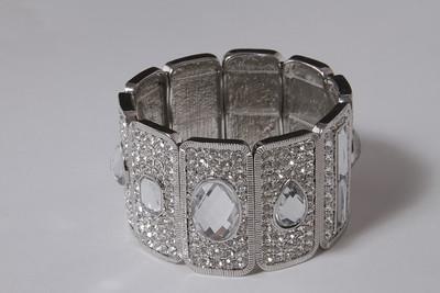 Shoshanna Jewelry.