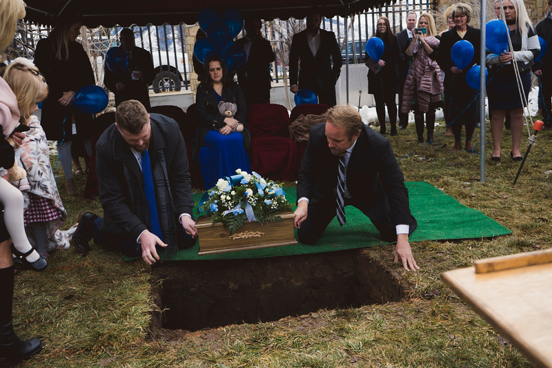 baby dew funeral-73.jpg