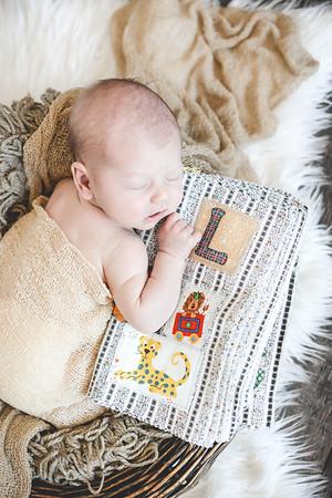 Newborn Leo T