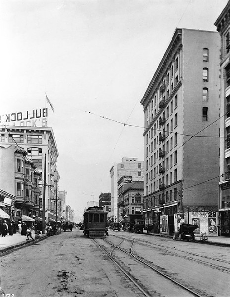 View of Broadway looking north from Seventh Street, Los Angeles, ca.1907