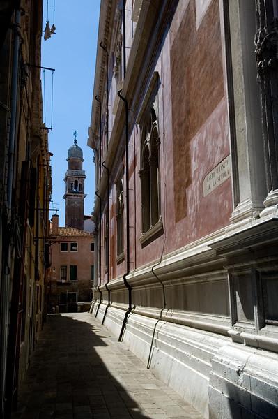 Fianco della Scola street, Venice, Italy