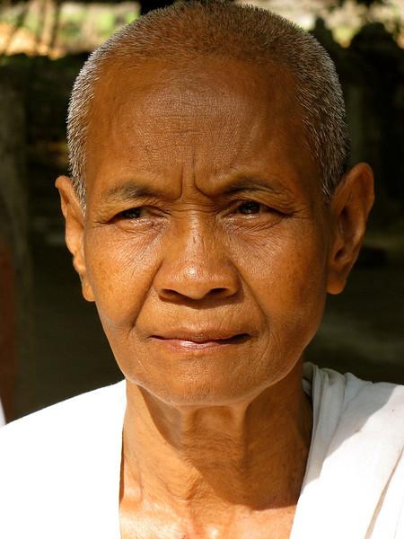 AngkorThomNun copy.jpg