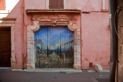 Doors in Provence