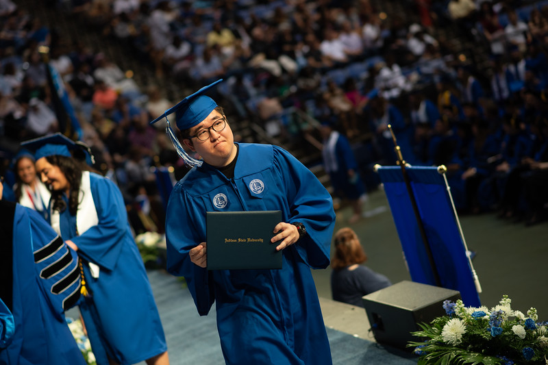 May 12, 2018 commencement -2187.jpg
