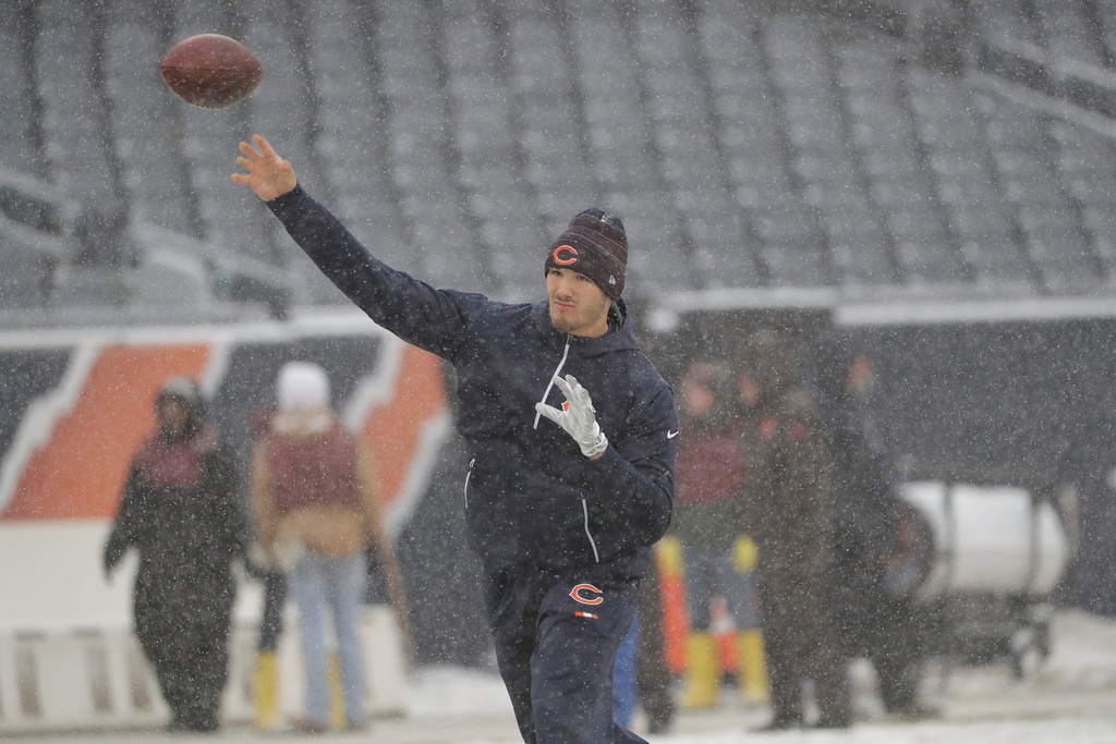 . Chicago Bears quarterback Mitchell Trubisky (10) throws in the snow during warmups before an NFL football game against the Cleveland Browns in Chicago, Sunday, Dec. 24, 2017. (AP Photo/Nam Y. Huh)