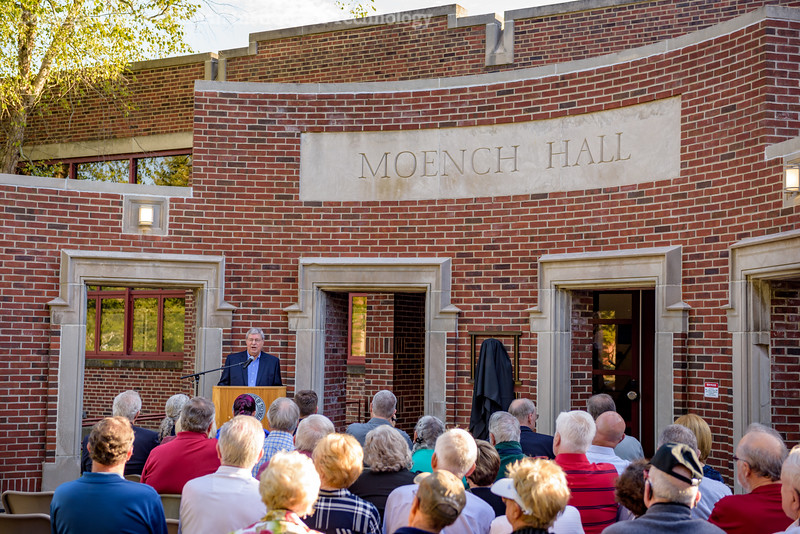 RHIT_Homecoming_2017_Moench_Bust_Dedication-21877.jpg