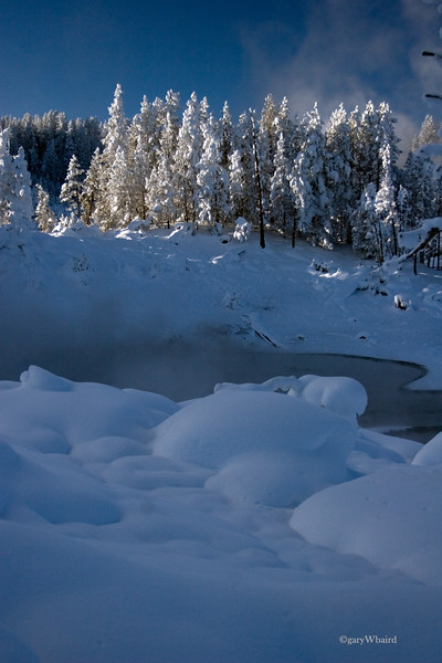 yellowstone snow geyser.jpg