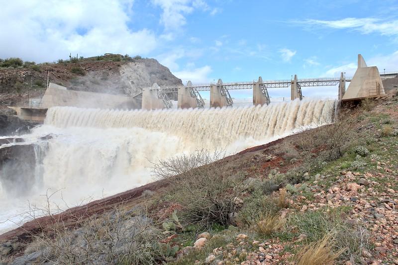 Horseshoe Dam spillway (2019)
